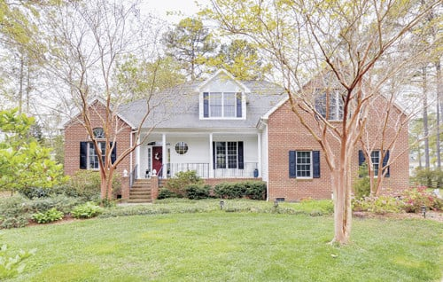 Featured Property in GLOUCESTER, VA, 23061