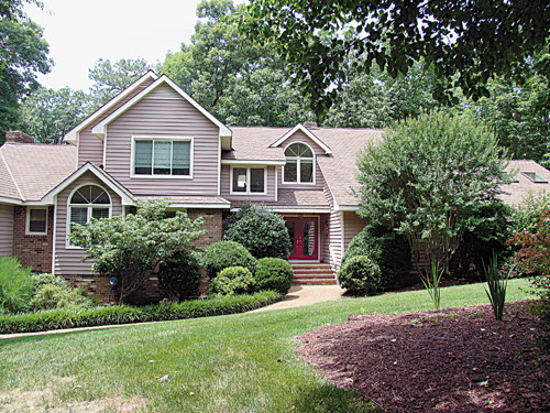 Single Family Home for Sale, ListingId:34052455, location: 3120 Briarmoor Lane Midlothian 23113